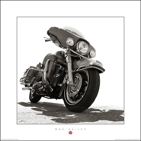 Kents Modified Electra Glide by Don Bailey
