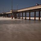 Pier out in to the Ocean by MrPeterRossiter