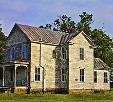 Abandoned Farmhouse - Smithfield by Lightengr