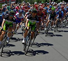 Green Edge in the Peleton, Stage 6, City Circuit, Tour Down Under 2012 by Steven Weeks