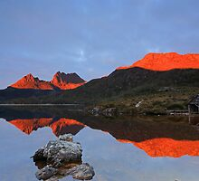 Cradle Mountain Awakening by tinnieopener