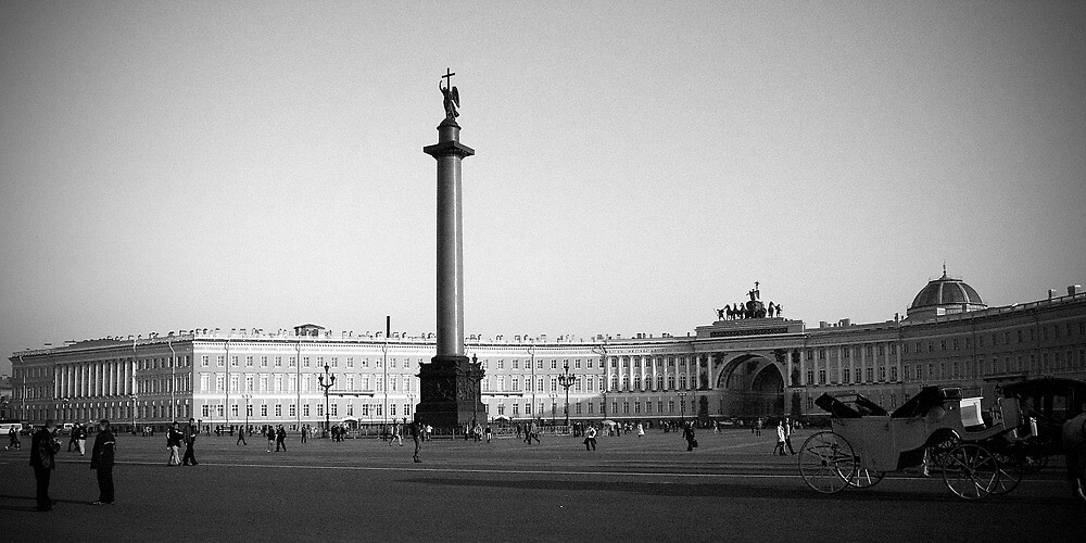 Palace Square St Petersburg by Jeffrey So