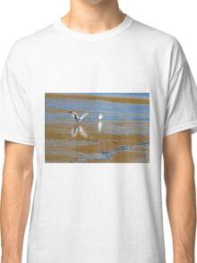 Seagull  landing  Classic T-Shirt