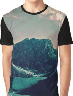 Mountain Call Graphic T-Shirt
