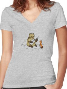 Bear & Fox Women's Fitted V-Neck T-Shirt