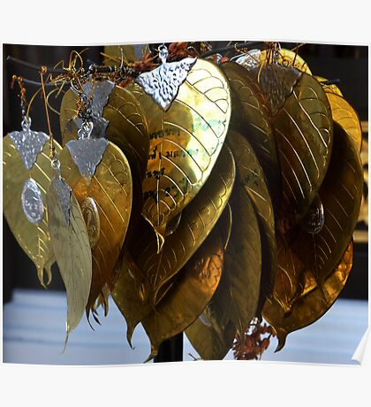 gold leaves Poster
