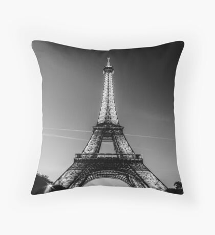 Eiffel Tower and sunset (Black and White) Throw Pillow
