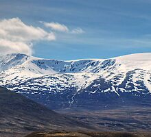 Walks In The Cairngorms...Farewell To Braeriach by VoluntaryRanger