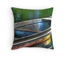 Oar, oar, oar your boat Throw Pillow