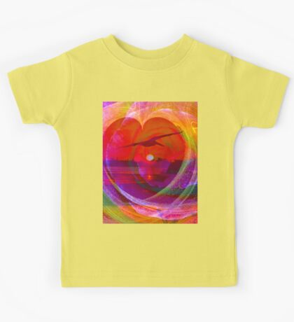 Love gives you wings Kids Tee