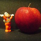 Wow, an apple to nibble! by mariatheresa