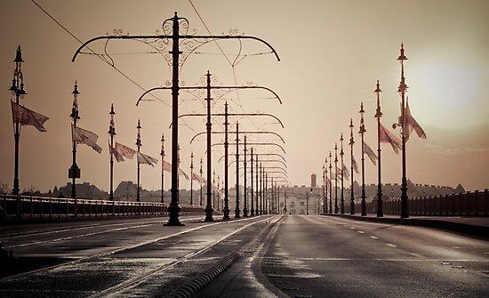 Morning On The Bridge by Imre Krénn