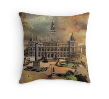 George Square -Glasgow 1900 y Throw Pillow