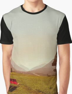 Vintage Holiday Graphic T-Shirt