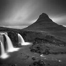 Krkjufell = Iceland by scottalexander