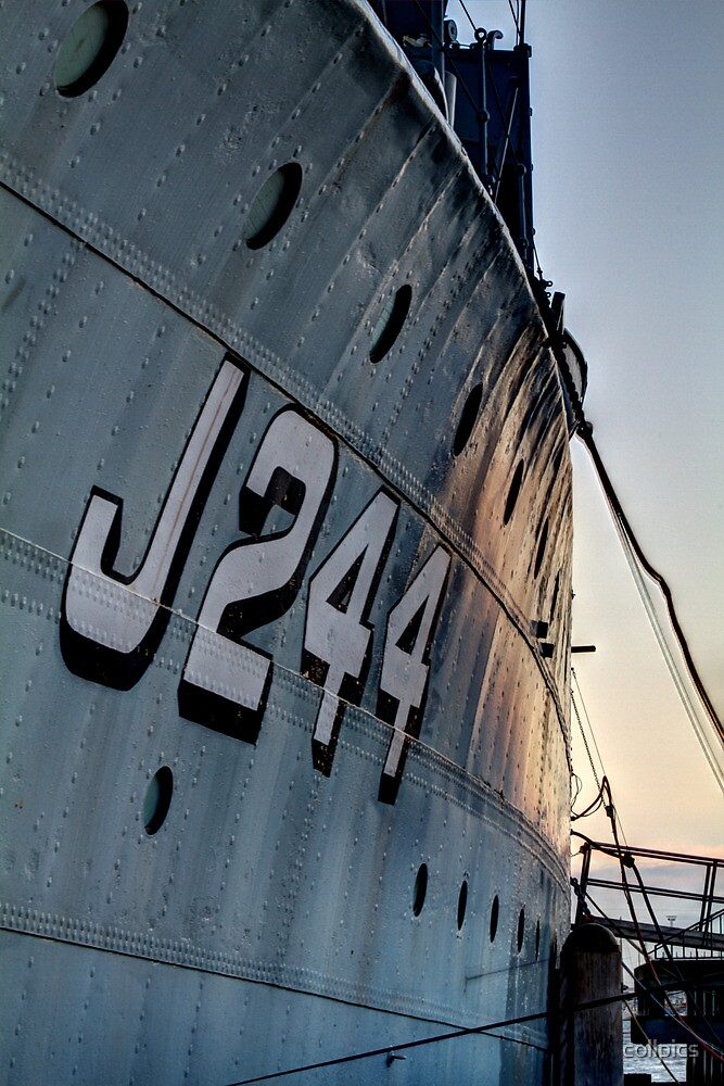 J244 by collpics