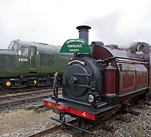 Palmerston No 4 Steam Train by Keith Larby