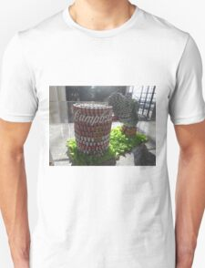 Can Sculpture, Canstruction, Sculptures Made of Cans, New York City T-Shirt