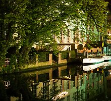 Brugge by night - reflections by Magdalena Warmuz-Dent