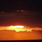 Illuminated Sunset - Puesta del Sol Ilumindo by PtoVallartaMex