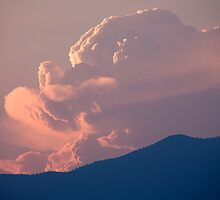 A face in the clouds? by Ian Middleton