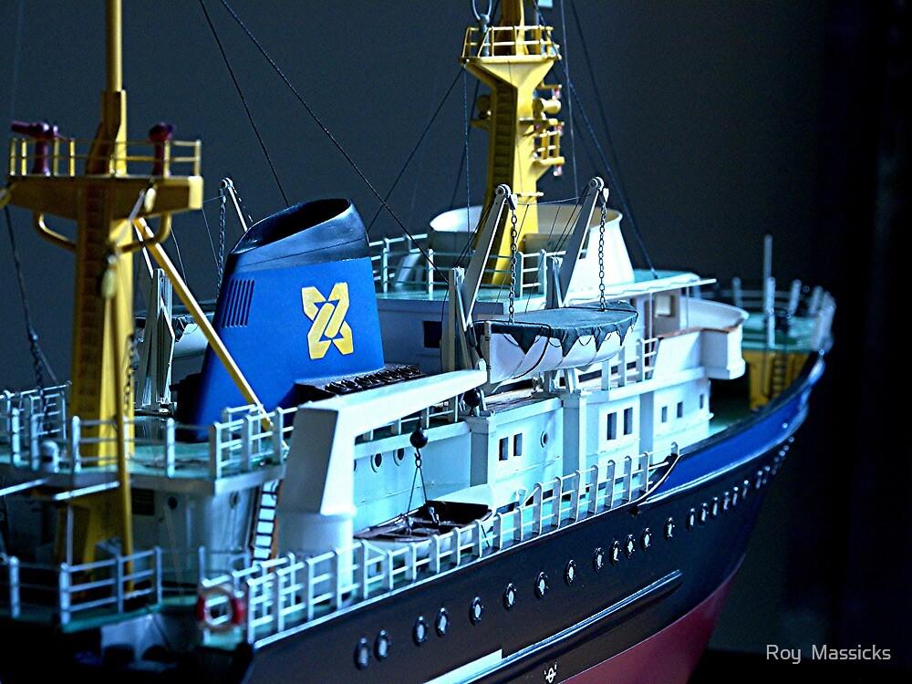 'Zwarte Zee' salvage tug 1 .......!  by Roy  Massicks