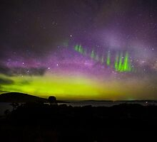 Aurora Australis Picket Fence by Odille Esmonde-Morgan