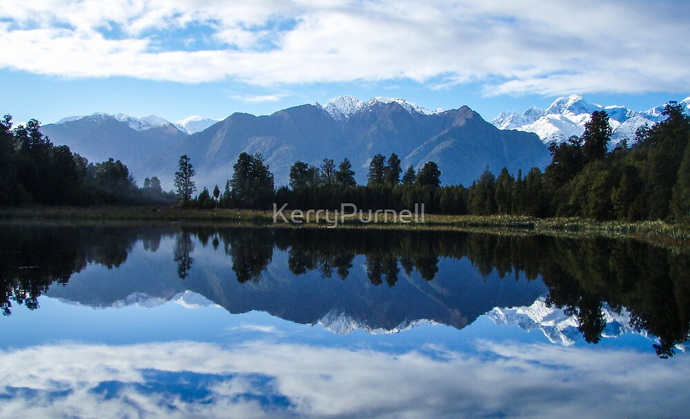 Mirror Me by KerryPurnell