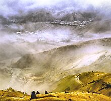 Queenstown Through The Clouds. by Larry Lingard-Davis
