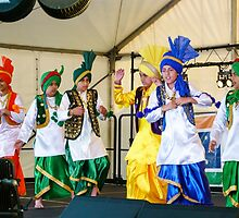 Indian Festival Perth 2 by Andrew  Makowiecki