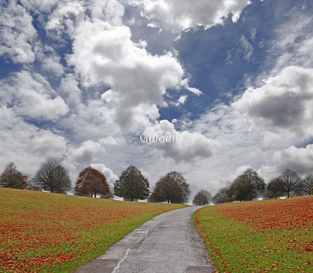 Autumn by Gwoeii