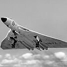 Avro Vulcan B.1 XA901 overshooting by Colin Smedley