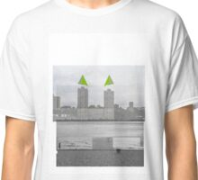 Minturno_Manhattan - The Hotel and the Sea Classic T-Shirt