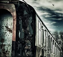 Last Train by Nikki Smith