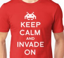 Retro Keep Calm and Invade On Unisex T-Shirt