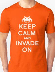 Retro Keep Calm and Invade On T-Shirt