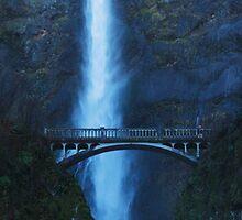 Multonomah Falls by Kenji Ashman