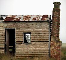 Foggy History, Sunbury, Victoria, Australia by haymelter