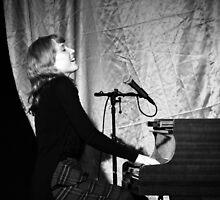 Sarah McKenzie by Natalie Ord