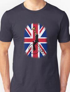 Penny-farthing Giraffe (London Version) T-Shirt