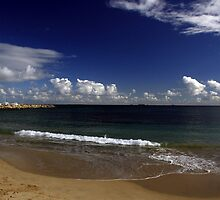 Bathers Beach, Fremantle, Western Australia by Noel Elliot
