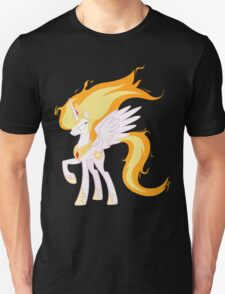 Princess Celestia is powered up! T-Shirt