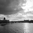 The Thames  by Aaron  Wahab