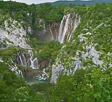 Veliki Slap,  Plitvice National Park, Croatia by Margaret  Hyde