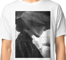 Macabre Victorian Mannequin Classic T-Shirt