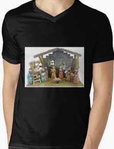 Christmas nativity scene  Mens V-Neck T-Shirt
