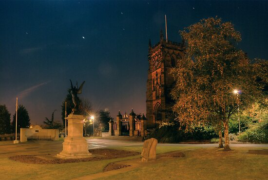 St Mary's Church and war memorial, Kidderminster by Alex Drozd