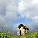 Trethevy Quoit by mikebov