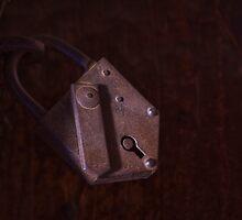 Old Lock by Kenji Ashman