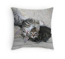 Oh hi! 2 Throw Pillow